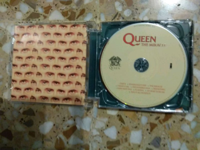 CD QUEEN THE MIRACLE 929b9718-44cd-43a6-96c1-5308c7a4a2ce