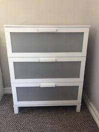 white wooden 3-drawer chest Los Angeles, 90032