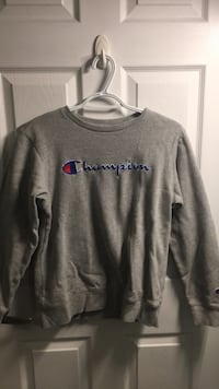 Crew neck Champion sweater Toronto, M2J 2W9
