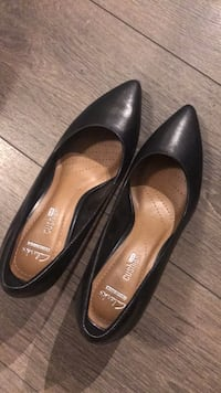 Brand new never worn Clark's size 5 Toronto, M4Y 2A6