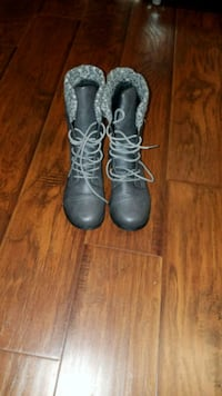 Brand New Grey Booties Size 7 Toronto, M4Y 0B9