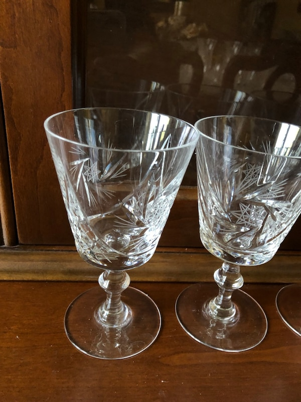 Real crystal wine glasses 7d94f0c0-86e2-467d-aee9-98980b37036c
