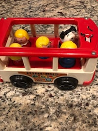 Fisher price bus  Langley, V1M 3T1