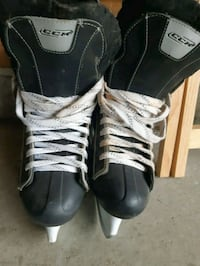 CCM Skates For men size 10 Airdrie
