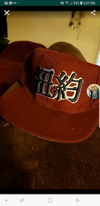 red and white New York Yankees fitted cap Long Beach, 90802