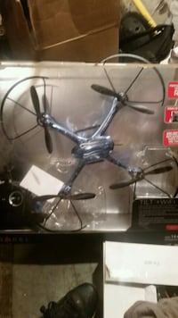 gray and black quadcopter drone with wifi and TILT Rittman