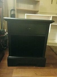 Nightstand/End table Charlotte, 28212