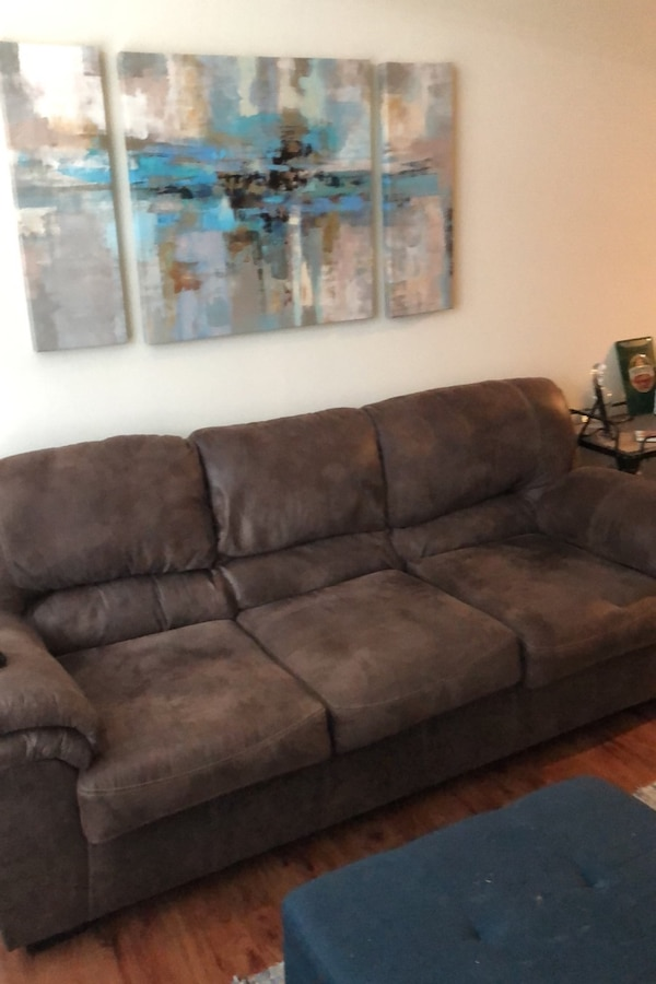 Tremendous Used Brown Couch For Sale In Charlotte Letgo Evergreenethics Interior Chair Design Evergreenethicsorg