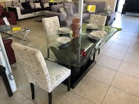 rectangular glass top table with four chairs dining set Houston, 77041