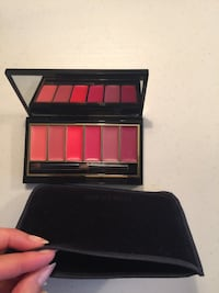 Brand new Estée Lauder lipsticks palette will velvet case $15 Fairfax, 22032