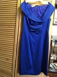 Blue formal dress size 8 Cleveland, 37323