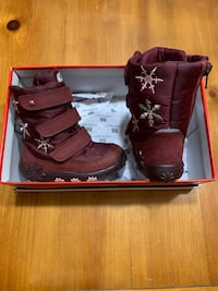 Baby snow boots size 6