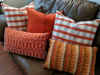 Pier 1 decorative pillows Barrie, L4M 1A4