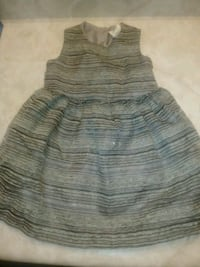 Babies 6-9 month dress  London, N5Z 4T1