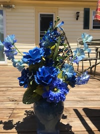Blue Arrangement  Capron, 23829