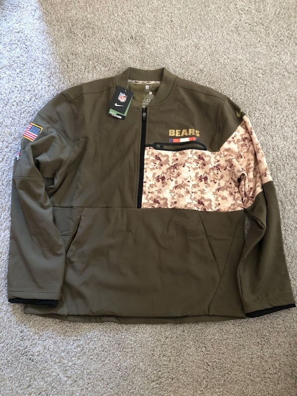 new product d4166 1f8b3 Chicago Bears salute to service military jacket