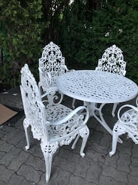 Solid iron 5 pices patio set  Toronto, M6L 2E2