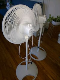 white  pedestal fan Arlington, 22204