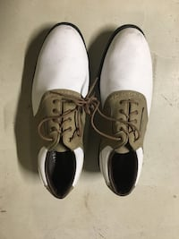 pair of white-and-black leather shoes Bartlett, 60103
