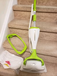 electrical steam mop ,  like new