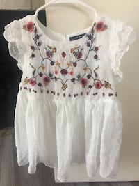 white and red floral scoop-neck cap sleeve shirt Anaheim, 92804