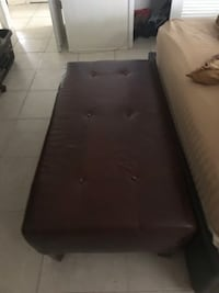 Ethan Allen brown leather ottoman  Fort Lauderdale, 33308