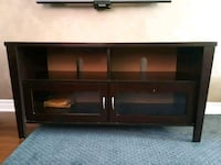 TV stand Mississauga, L5N 6T3