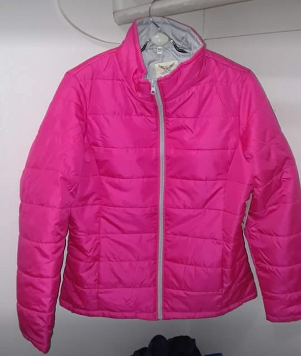 Young ladies light jacket, size Large