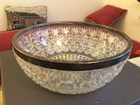 Crystal clear floral cut glass bowl with silver frame.10 1/2inch diameter . Santa Clarita, 91350