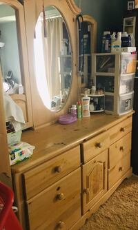 Mirrored dresser with night stand and queen bed frame Alexandria, 22312