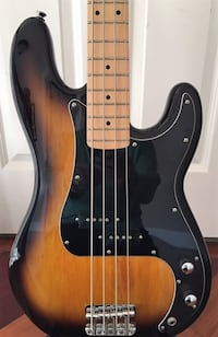 """Fender Squier P-Bass excellent condition (not a """"real"""" Fender) Windham"""