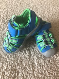 Clarks doodles green/blue baby/toddler shoes, size us 4,5 Houston, 77094