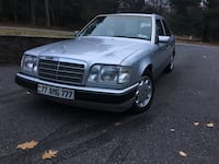 1994 Mercedes E320 very well maintained Broomall, 19008