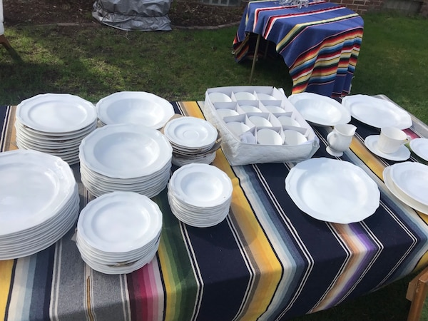 Mikasa New Antique White Setting For 12 Plus Some Serving Pieces