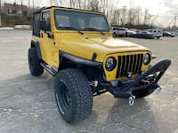 Gorgeous Jeep Wrangler. Very easy financing available. Quincy