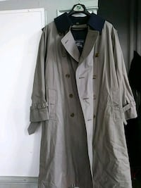Burberry Trench sz 38 short Washington, 20002