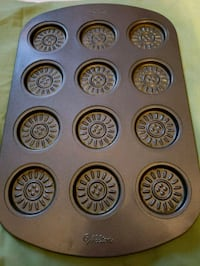 Wilton cookie pan  Baltimore, 21225
