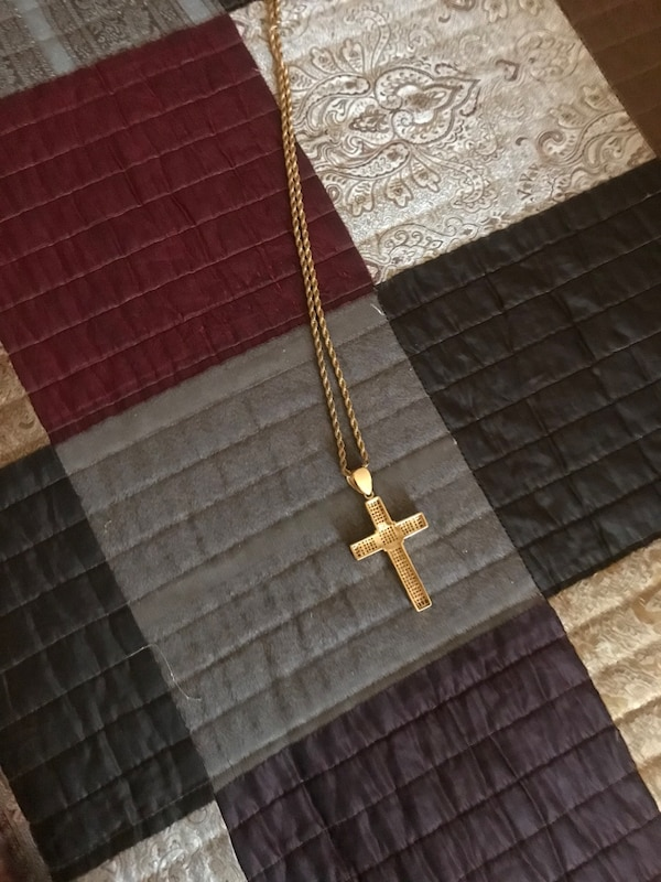 Cross necklace with ring