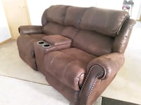 couch and loveseat  Polk City, 50226
