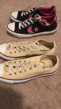 pair of white Converse low top sneakers Cibolo, 78108