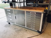 I have two of these tool boxes. The one pictured is $200 and the other one is a little rougher and I'm asking $150 for that one. Toolbox Tool Box three bay with thick wooden work top. Minor surface rust here and there abs the top is well used but can easi San Antonio, 78245