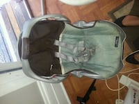 Brown and blue graco car seat carrier Hamilton, L8P 1M1