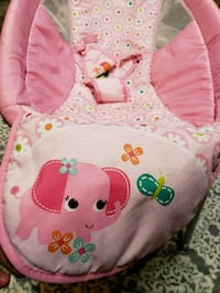 baby's pink and green bouncer Stockton, 95205