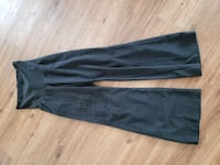 Black Maternity dress pants size 1x Maple Ridge, V2X