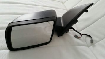 Land Rover LR2 driver side mirror