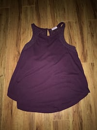 purple tank top