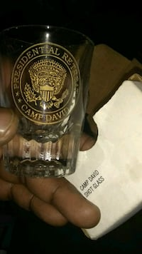 Official shot glass from US President retreat Manchester, 06040
