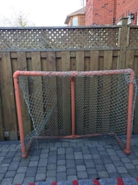 Hockey net negotiable Mississauga, L5N 1B6