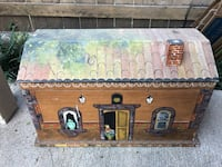 Vintage hand painted wooden box Houston, 77042