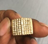 10k solid gold diamond ring Toronto, M3L 1R9